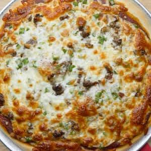 PIZZA – 12″ – Chicken, chorizo, mozzarella, cedar, tomato sauce