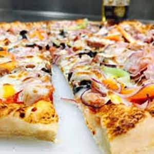 PIZZA – 12″ – Ham, olives, sweetcorn, mozzarella, cedar, tomato sauce
